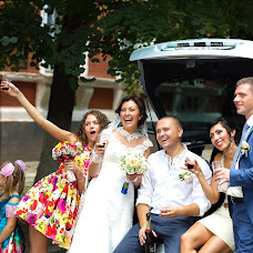 Wedding photographer Oksana Ryabovol (oksss12333). Photo of 22.07.2014