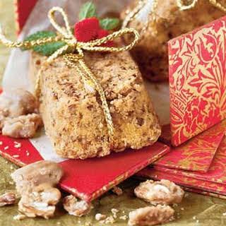Praline-Pecan Cakes.