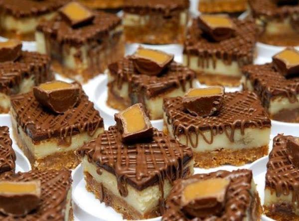 Rolo Cheesecake Bars. Recipe
