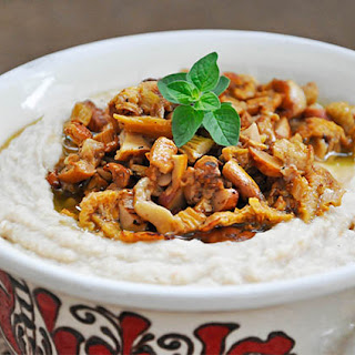Butter Beans Spread with Chanterelle Mushrooms and White Wine Recipe