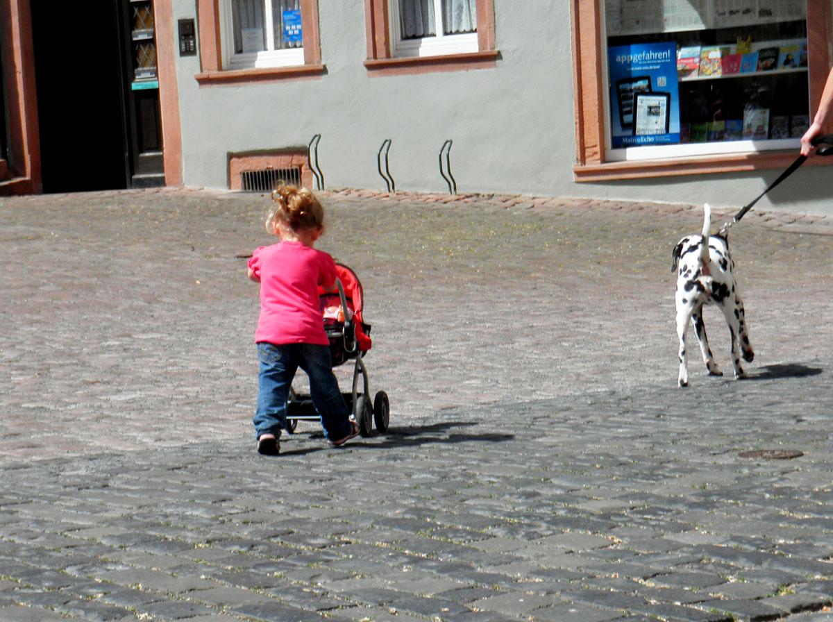 Photo: busy little Mum