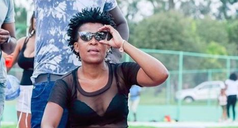 WATCH  Zodwa Wabantu exercises in her bikini. As only she can!