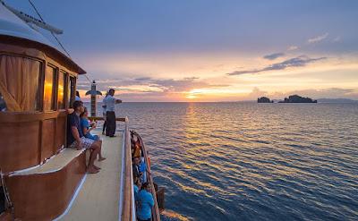 M/Y Lalida Sunset Dinner Cruise in Krabi
