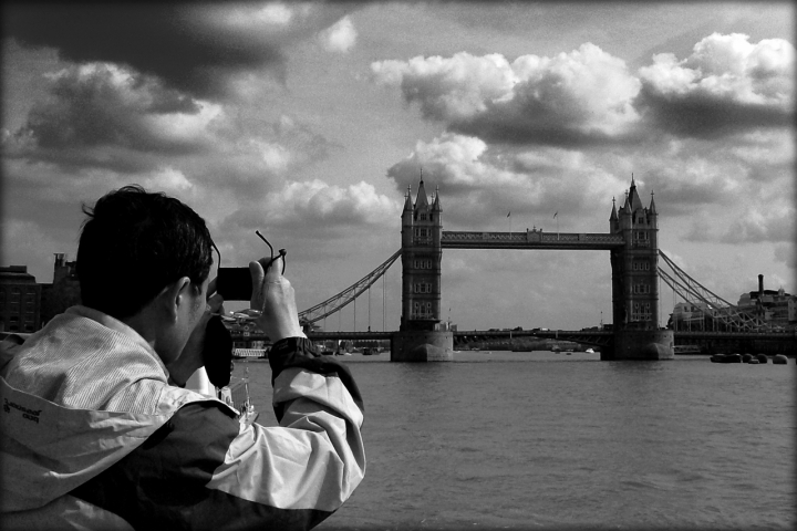 Come si dirà Tower Bridge in giapponese? di d