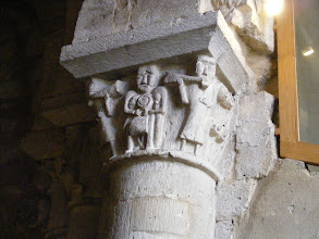 Photo: Here, in the oldest part, at the tops of the pillars can be found depictions of the stonemasons who built the church.