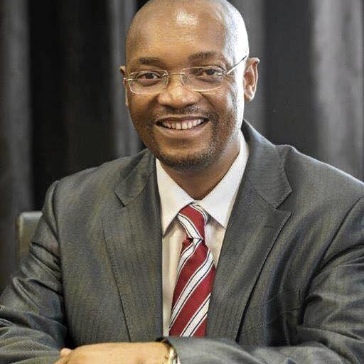 Moeketsi Mosola kry goue handdruk van R4,4 miljoen - SowetanLIVE