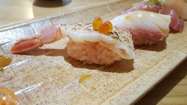 蝸牛壽司 滙景屋 來吃吃看傳說中粉紅醋飯做的握壽司吧~~~((附菜單