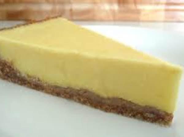 Grammy's Refrigerator Lemon Pie