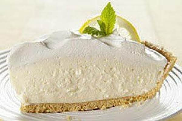 Lemon Cheesecake Pie.