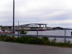 Photo: Brua ut fra Brønnøysund, mot Torghatten.