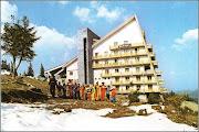 Photo: Muntele Baisorii - in anii 80 - sursa Turism De Altadata - Facebook, I.L.T  https://www.facebook.com/1452352131723305/photos/a.1725996877692161.1073741885.1452352131723305/1795333960758452/?type=3&theater&ifg=1  https://www.facebook.com/groups/biselectro/permalink/1703657406322880/