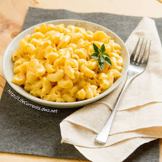 Crock Pot Mac & Cheese.