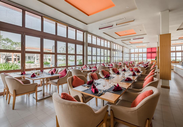 Aqua Beach Club - FLC Luxury Hotel Sầm Sơn