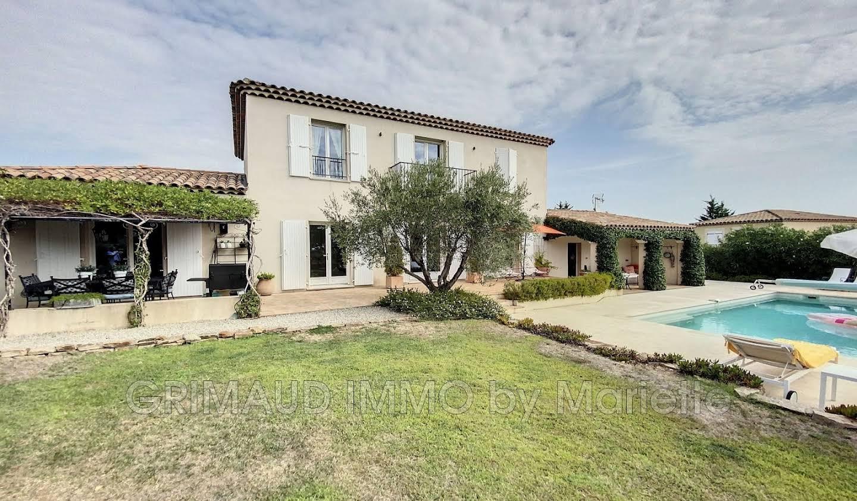 Villa avec piscine et terrasse Cogolin