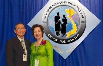 Photo: anh Lê Truật (SVLK SaiGon) & phu nhân Vũ T. Xuyến