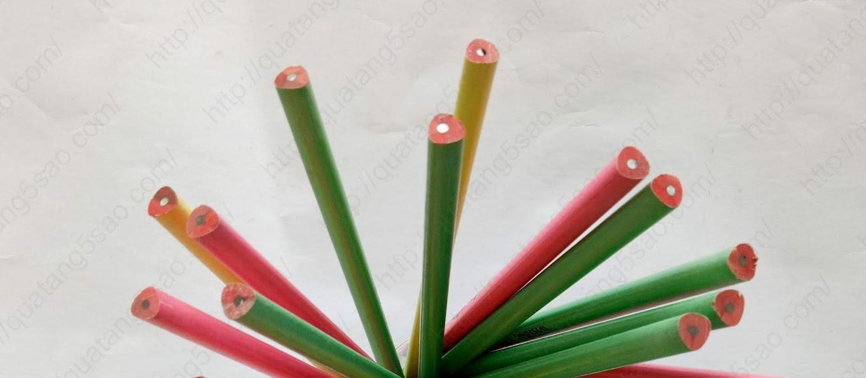 Bút chì có nhiều màu sắc để khách hàng lựa chọn