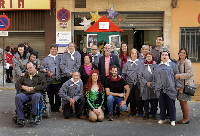 El centre Món Grande d'Alboraia celebra les falles entre una gran quantitat d'activitats