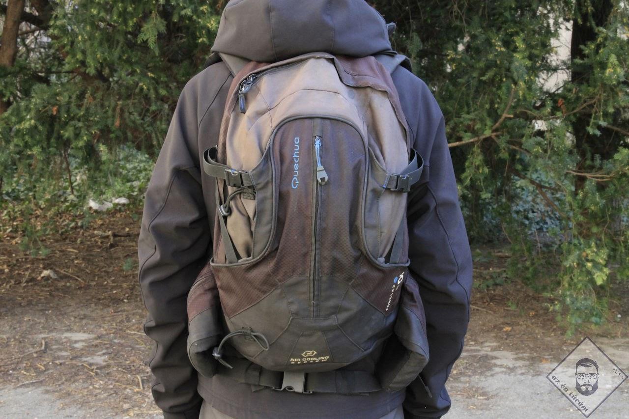 KÉP / Quechua 28 egynapos hátizsák