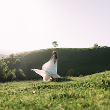 Wedding photographer Andrey Lysenko (liss). Photo of 18.07.2018