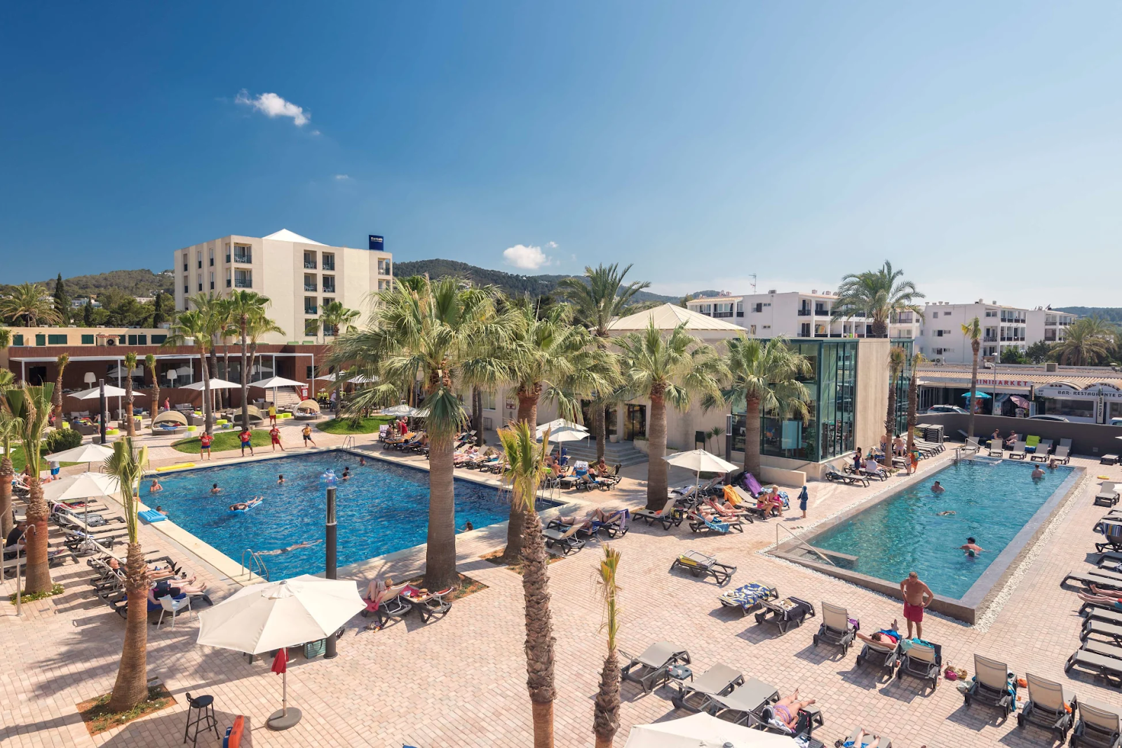 piscina hotel occidental ibiza