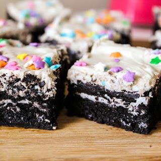 Fudgy Cookies 'n Cream Oreo Brownies.