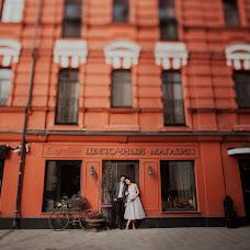 Wedding photographer Anna Kozdurova (Chertopoloh). Photo of 08.06.2017