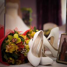 Wedding photographer Ekaterina Pustovoyt (katepust). Photo of 01.08.2015