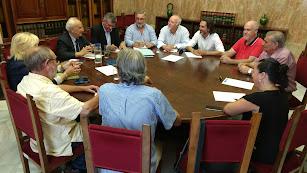 Reunión de la Mesa del Tren con el subdelegado.