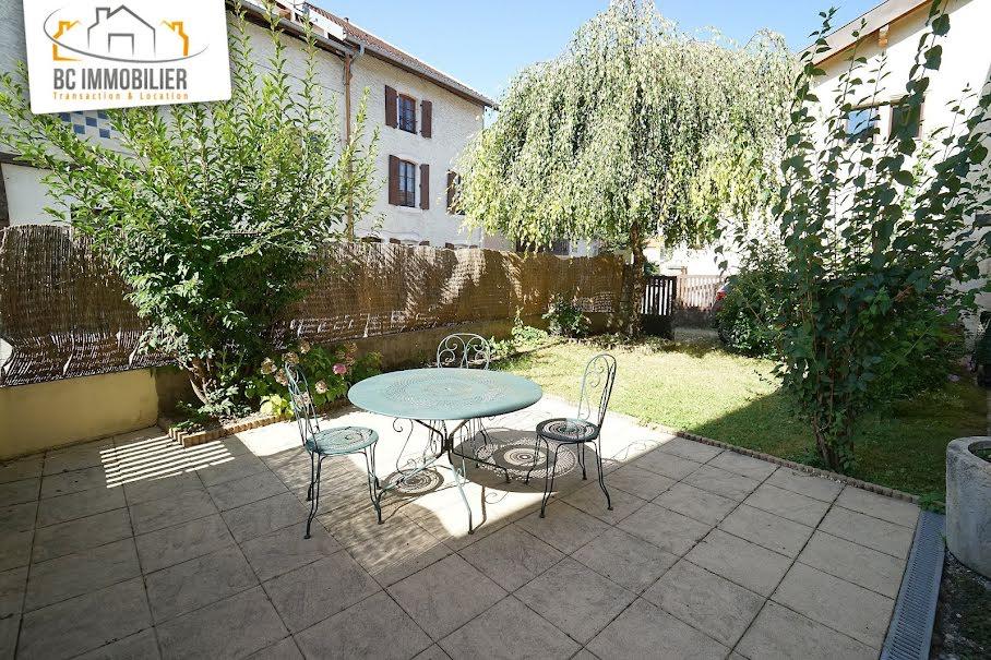 Vente maison 6 pièces 175 m² à Segny (01170), 560 000 €