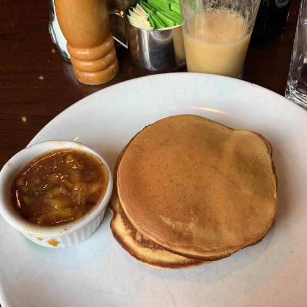 Gluten free vegan pancakes 🥞