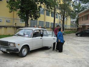 Photo: Chi đưa cô Yến và thầy Đức về dự lễ