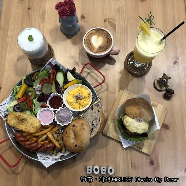 清新有質感,好拍又好吃的竹南波波HOUSE(早午餐/漢堡/義式料理/舒芙蕾鬆餅/視覺牆/嘟嘴摩艾)
