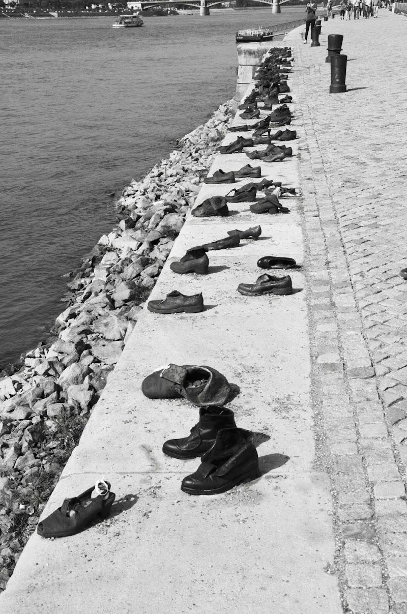Le scarpe della memoria di lully