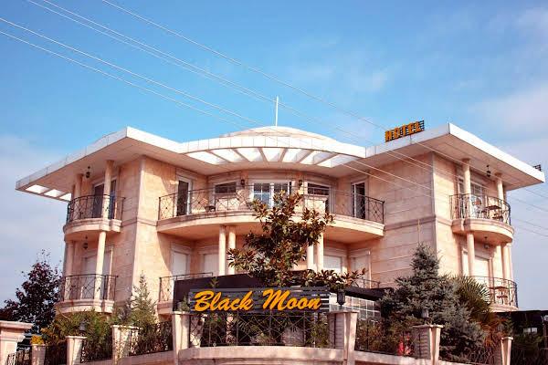 Blackmoon Villa Hotel