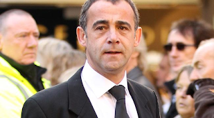 Michael Le Vell 'engaged'