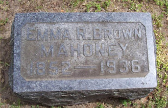 Photo: Mahoney, Emma R. (Brown)