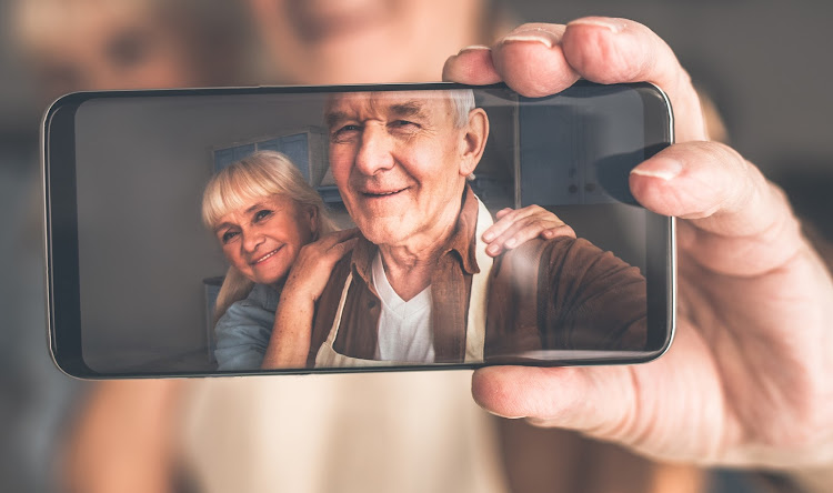 Old-age challenge: is FaceApp really a Russian spy in