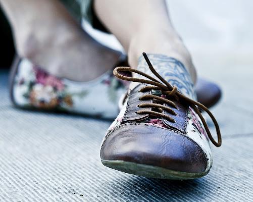 con i piedi per terra di sbaruzzi
