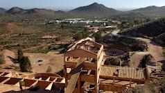 Restos de arqueología industrial de las antiguas minas de oro de Rodalquilar.
