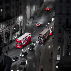London Trafic by Dimitri Foucault - City,  Street & Park  Street Scenes ( trafic, red, bus, london, city, night, selective color, pwc )