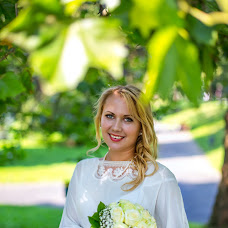 Wedding photographer Nikolay Gnidec (NikGnidets). Photo of 20.03.2014