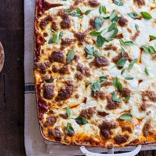 Looking for a Cheesy, Beefy Spaghetti Casserole with a Homemade Sauce Poured on Top? Recipe