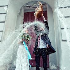 Wedding photographer Yana Zharincova (SabrinaVamp). Photo of 27.04.2015