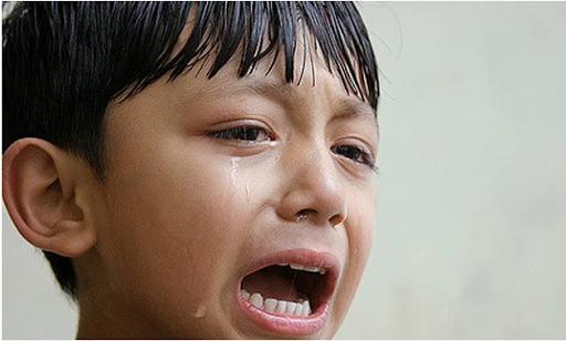 Những kiểu trừng phạt của cha mẹ làm con tổn thương cả đời