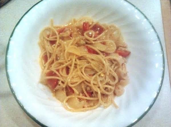 Clams Vinaigrette Over Pasta