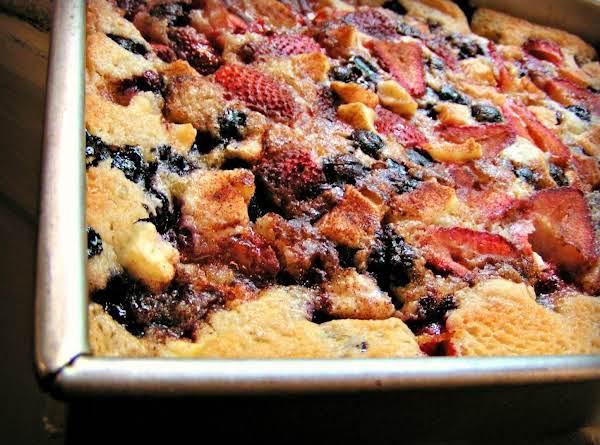 Summertime Mixed Fruit Cobbler Recipe