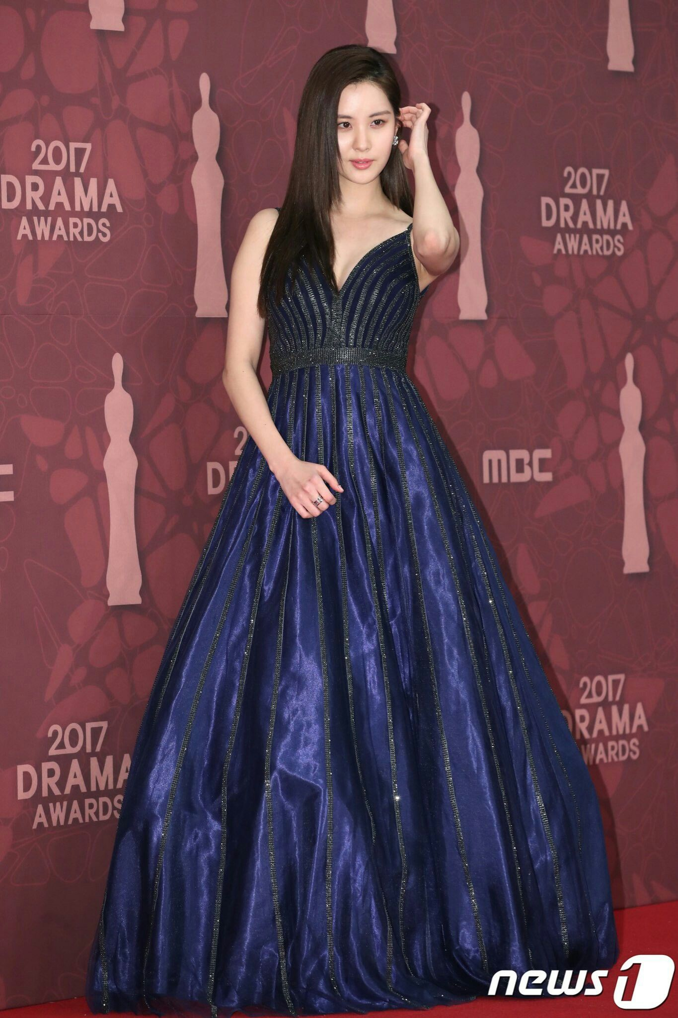 seohyun gown 2