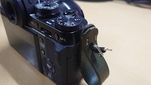 一眼カメラフィンガーストラップ 装着イメージ2