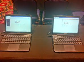 Photo: A/B UI Test on Chromebooks