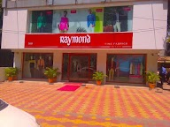 Raymond photo 1